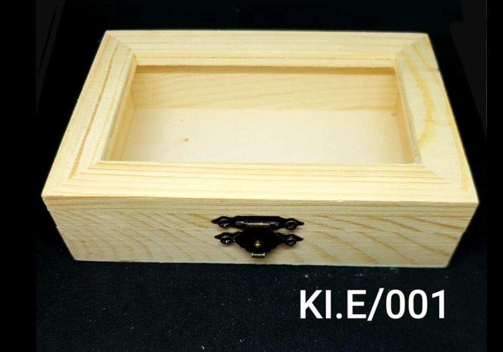 Ξύλινο αλουστράριστο κουτάκι με πλαστικό διάφανο 13 x 8.9 x 3.5 cm